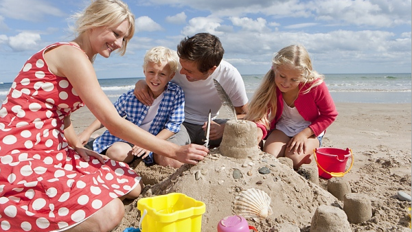 Best Places To Go Abroad For A Family Vacation